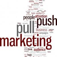 マーケティングのプル戦略とプッシュ戦略