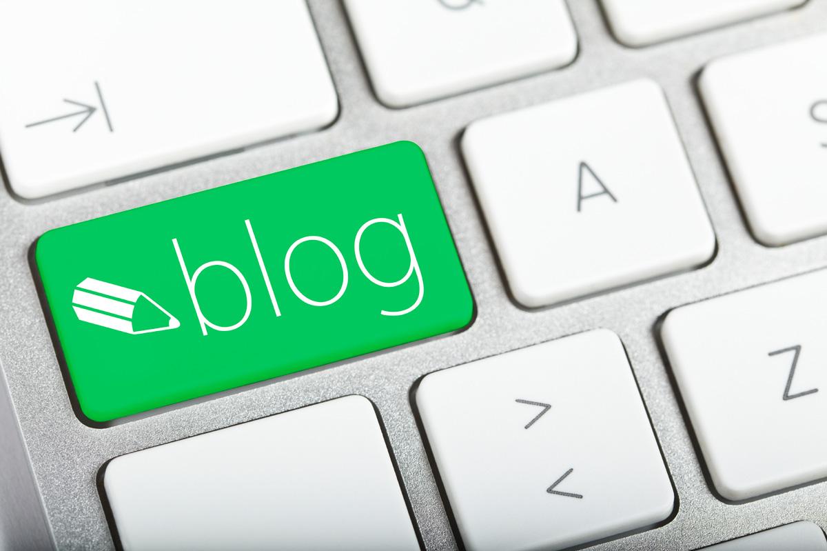 企業ブログの書き方〜ホームページの集客効果をアップするための8箇条